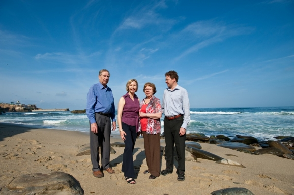 Kinnunen Family Portraits - La Jolla Cove